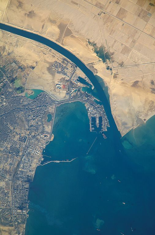 Canal de Suez Puerto de Suez Egipto